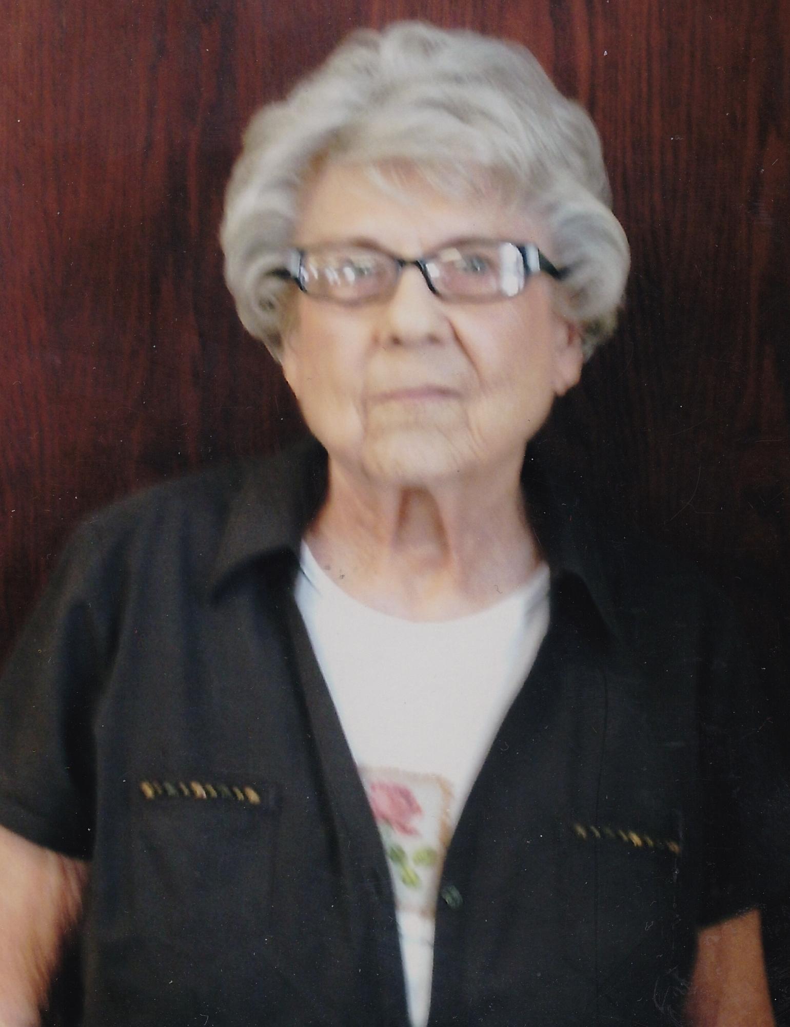 Elizabeth Kroll Obituary - Visitation & Funeral Information