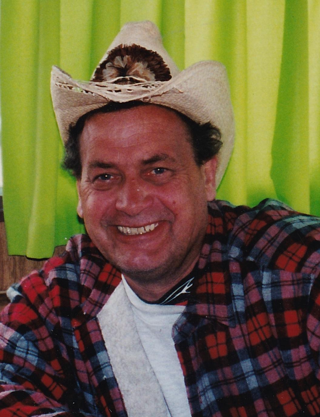 Mike Vezina Obituary - Visitation & Funeral Information