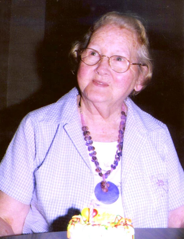 A  Ellen Lindsey Obituary - Visitation & Funeral Information