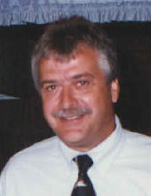 Photo of Kenneth Reynolds