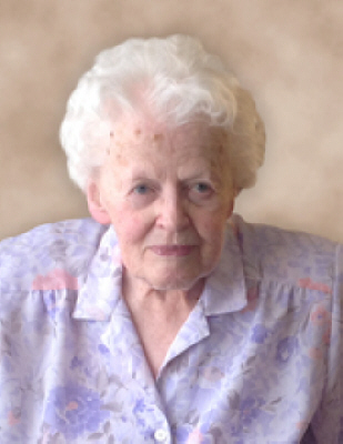 Edna MacKinnon Obituary