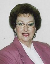 Photo of Shirley Pettis