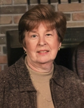 Photo of Lois Traines