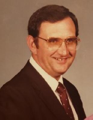 Photo of Dean Hampton