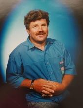 Bruce Eugene Cummings