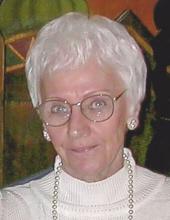 Photo of Mary Jo Holzman