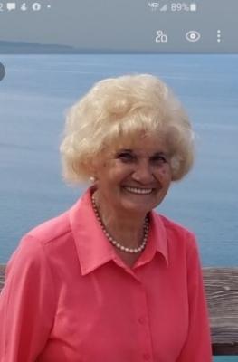 Photo of Theresa Sawicki