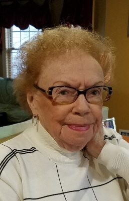 Photo of Marilyn Peters