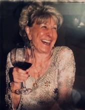 Photo of Liliane Phillips