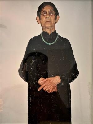 Hoa T Nguyen