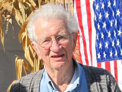 Photo of Donald Phelps