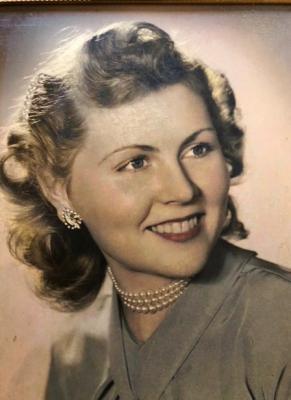 Photo of Geraldine Lanahan