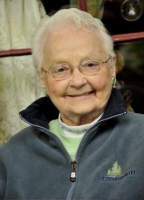 Photo of Dorothy Lee (Stewart) Roe