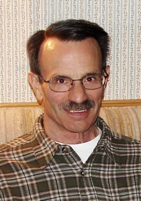 Roy D Schwinn