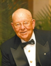 Photo of Raymond Vanden Berghe, Sr.