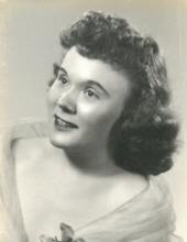 Photo of Claudia Hansen