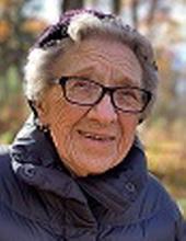 Photo of Esther Velten