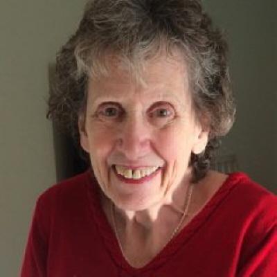Photo of Genevieve Lentlie