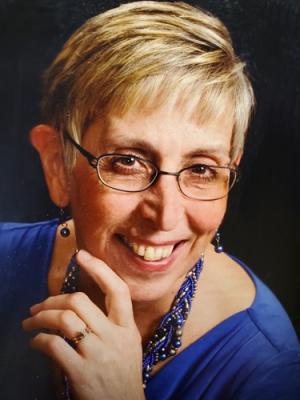 Photo of Paula Komarek
