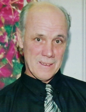 Photo of Andrew Earle