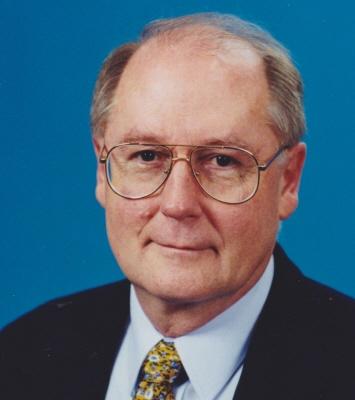 Photo of Warren Knapp