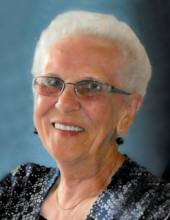 Lucille Micoliczyk
