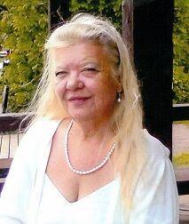 Photo of Cheryl Mitchell