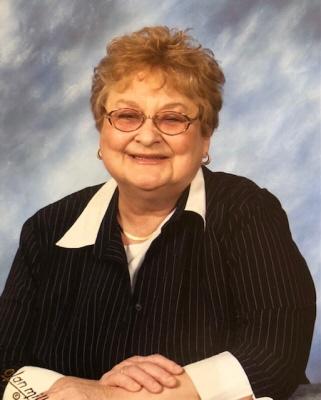 Linda M Hinterleitner