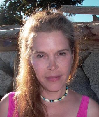 Photo of Sarah Scott