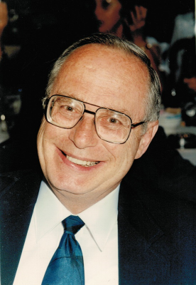 Photo of Rev. Dr. David Manly