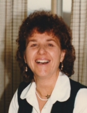 Photo of Ella Hart