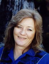 Photo of Diane Arnett