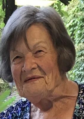 Photo of Joan Dixon (nee Bennett)