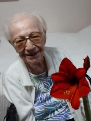 Photo of Bertha (Carol) Clark (nee Ries)