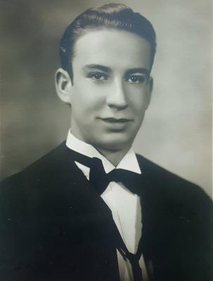 Photo of DR. HUBERT DU CHARME