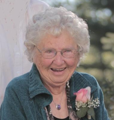 Photo of Iris Delorme (nee Hildebrand)