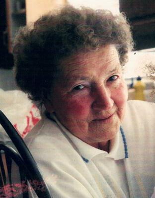 Photo of Thelma Schroeder (nee Thoms)