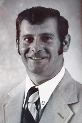 Dennis D. Chaussee