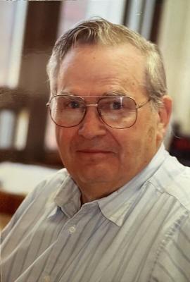 Photo of Dr. Lee Herrington