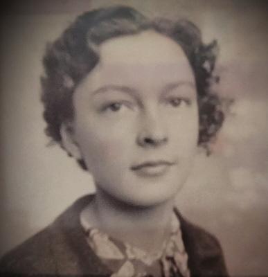 Photo of Evelyn Auberten