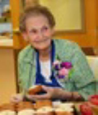 Photo of Ruth Gogolin