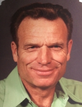 Photo of George  Hines