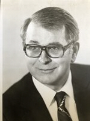 Photo of Kenneth Martin